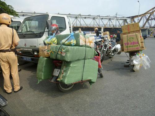 tro hang cong kenh